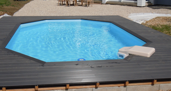 Terrasse bois besan on montb liard pontarlier doubs 25 for Piscine de pontarlier